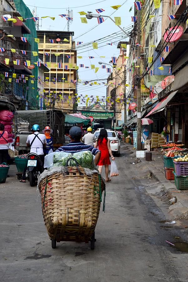 sapik_bangkok_market